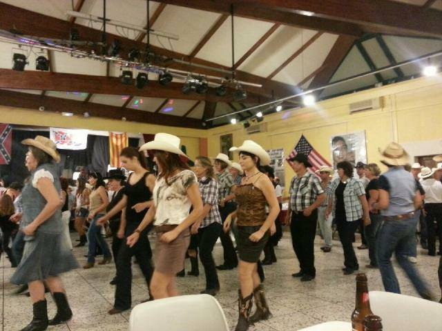 SOIREE_COUNTRY_DANSE_BIEN.jpg